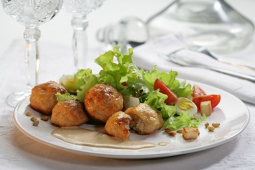 Delicious meatballs: foreign recipes