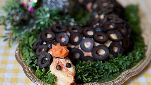 "picture - Snack Christmas ""Herring under a fur coat snake"""