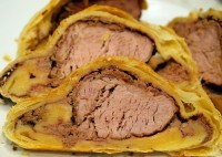 Baked in pastry roast beef flamb