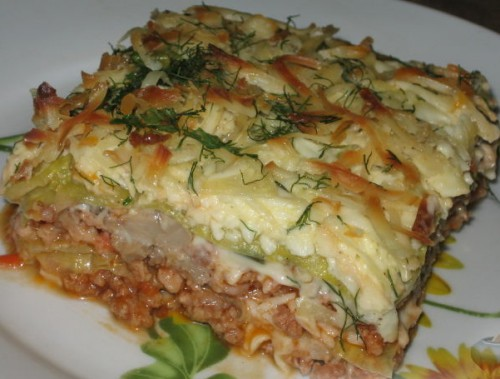 Casserole with mushrooms and minced in Ukrainian