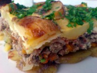 Casserole with potatoes and meat (in Multivarki)